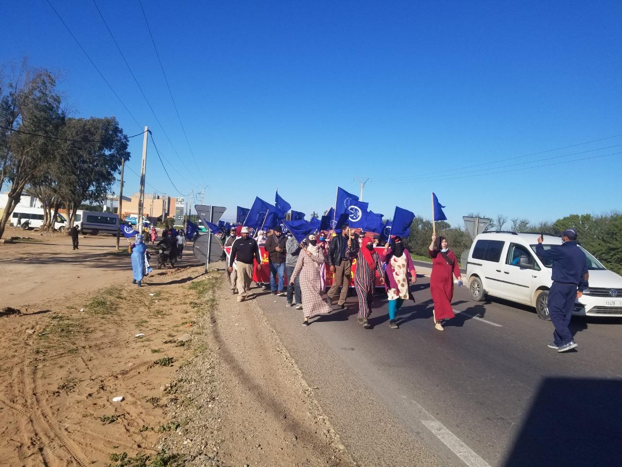 احتجاج العاملات والعمال الزراعيين با شتوكة أيت باها (3)
