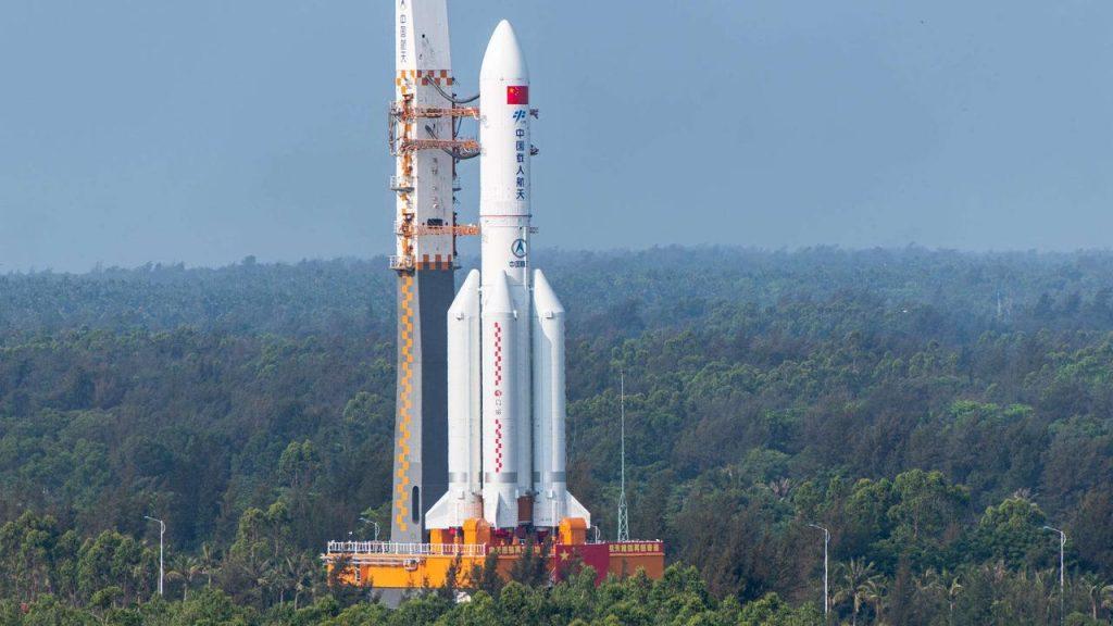 وزارة الدفاع الأمريكية تكشف عن توقعاتها لسقوط صاروخ الصين الخارج عن السيطرة.